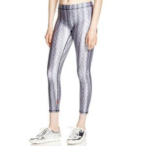 Zara Terez Cable Knit Print Active Leggings